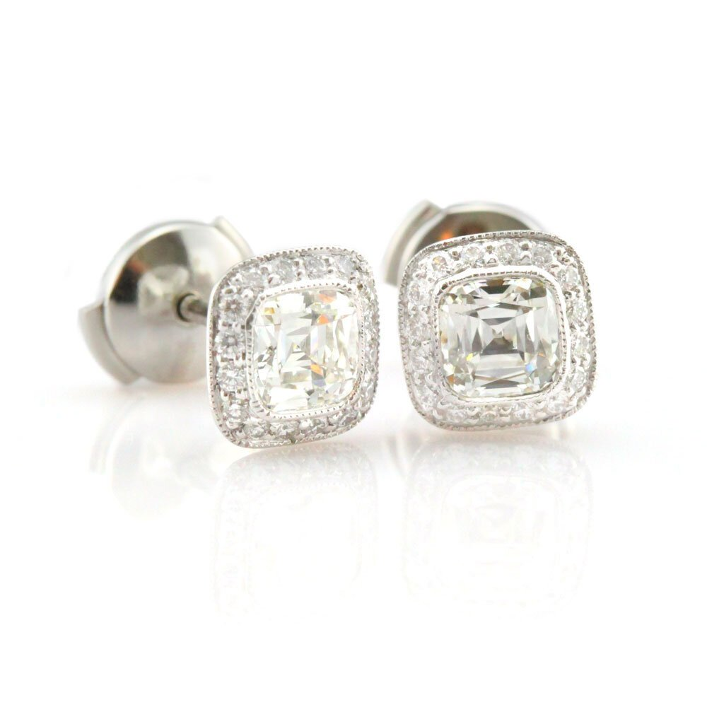 PLATINUM Jewelry Buyer Serving Brooksville, Crystal River, Clearwater, Dade City, Floral City, Gainesville, Holiday, Homosassa, Hudson, Inverness, Kissimmee, Land O Lakes, Lecanto, Lutz, New Port Richey, Ocala, Odessa, Orlando, Palm Harbor, Spring Hill, Tampa, Tarpon Springs, Wesley Chapel, Zephyrhills - PLATINUM Necklaces, PLATINUM Chains, PLATINUM Earrings, PLATINUM SCRAP, Cash For PLATINUM, PLATINUM Bracelets, PLATINUM Wedding Bands, PLATINUM Bridal Sets, PLATINUM Class Rings, EVERYTHING PLATINUM!